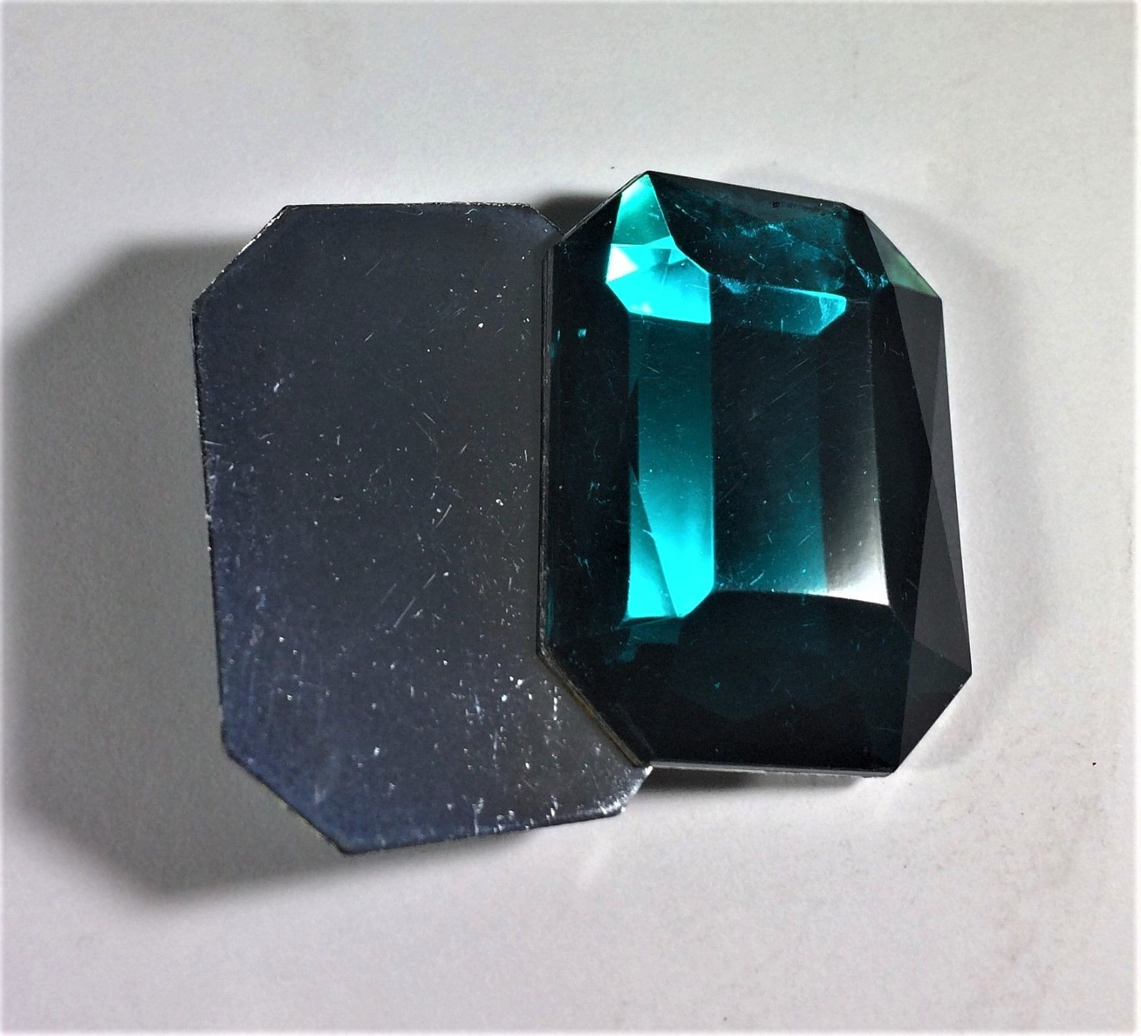 emerald gemstone nevonproducts site alam cut gems welcome to